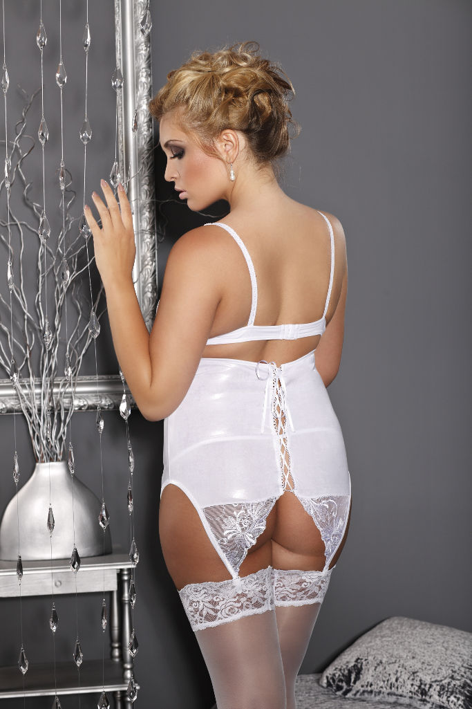 bridal lingerie | wrap plus size clothing